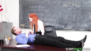 Guarda porno in collegio