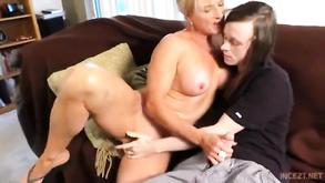 magro mamma e figlio porno