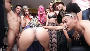 favorisce casa per immaginario amici cartoon porno